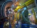 етектор для изучения кварк-глюонной плазмы